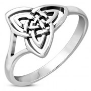Celtic Trinity Knot Plain Silver Ring, rp854