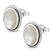 Mother of Pearl Oval Earrings - e368