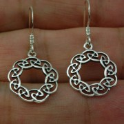 Round Plain Silver Celtic Knot Earrings, ep299